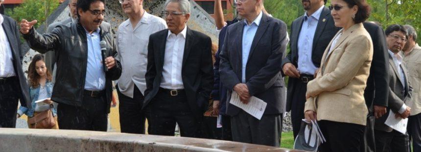 El rector de la UNAM José Narro Robles visita el Campus Morelia de la UNAM y conoce trabajo científico