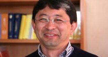 Gana el Dr. Alberto Ken Oyama Nakagawa, premio al Mérito Ecológico 2015 en investigación