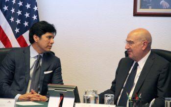 Dialoga Guerra Abud con Senador de California, Kevin De León