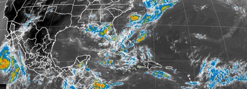 El huracán Dolores provoca lluvias intensas en Baja California Sur y oleaje intenso