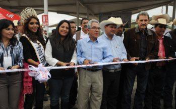 Inaugura gobernador Jara Expo Ganadera Michoacán 2015