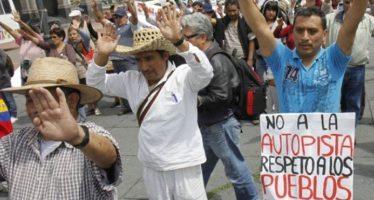 Rechazan autopista en Xochicuautla; Grupo Higa, involucrada