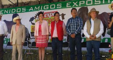 SAGARPA apoya tecnificación y modernización del sector pecuario nacional