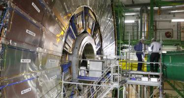 El Gran Colisionador de Hadrones revela nuevos datos sobre la 'partícula de Dios'