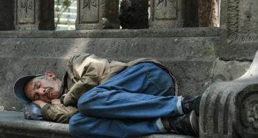 """""""Pobreza"""" es la palabra que define el triste momento económico de México, dice NYT"""