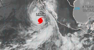 Huracán Linda provocará fuertes lluvias en 7 estados de la República