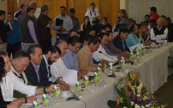 Gobierno de Michoacán se compromete a apoyar al campo con 50% del presupuesto