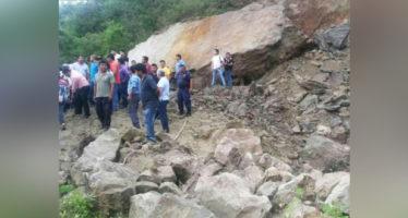 Deslave destruye 22 casas y una iglesia en Guerrero