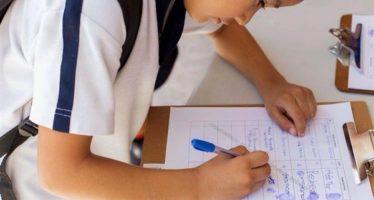 Menores de edad demandan un medio ambiente sano, en Cancún