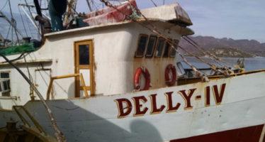 Rescatan embarcación a la deriva, en Sinaloa