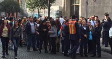 Sismo de 5.6 grados remece la ciudad de México