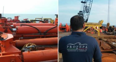 """Retiran exitosamente 505 metros cúbicos de hidrocarburos del buque """"Los Llanitos"""""""
