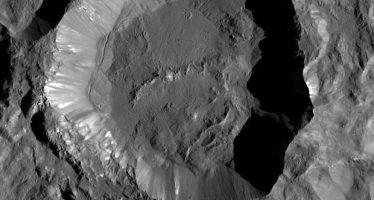NASA: En busca del origen del Sistema Solar en las heridas de Ceres