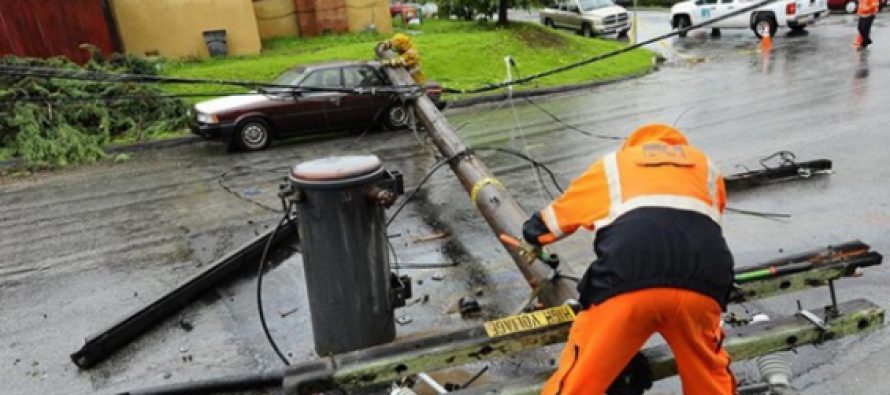 Estados Unidos: Un temporal deja a más de 150 mil personas sin electricidad en California