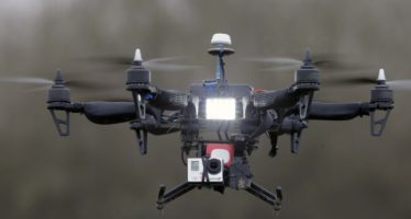 Estudiante optimiza vuelo de drones con redes neuronales