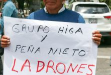 Protestan frente a casa blanca de EPN, por destrucción de Higa en Xochicuautla (Fotos)