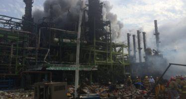 Controlado el incendio posterior a la explosión en Coatzacoalcos