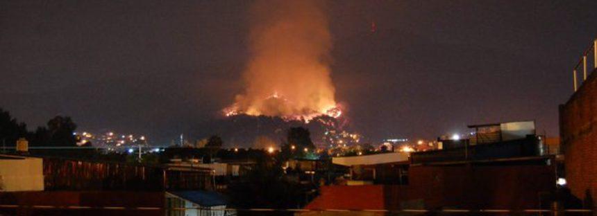Trabaja Protección Civil para controlar incendio forestal en Uruapan