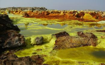 Científicos han iniciado la primer expedición a las exóticas termas de Etiopia