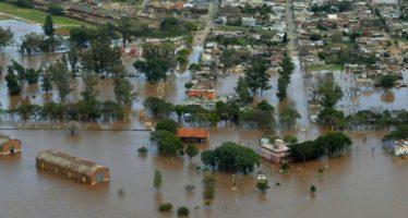 Un muerto y 13 mil afectados por lluvias en siete provincias de Argentina