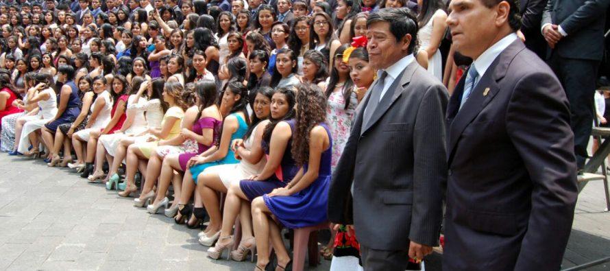 Apadrina gobernador Silvano Aureoles a egresados de la Universidad Autónoma Chapingo