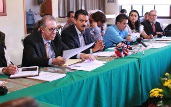 Gobierno y academia van por plan rector para el rescate del Lago de Pátzcuaro
