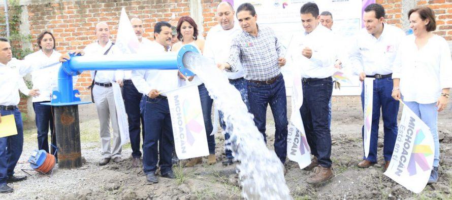 Se compromete el gobernador Silvano Aureoles a concluir red hidráulica de Pizándaro