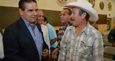 Michoacán los necesita, dijo el gobernador Silvano Aureoles a migrantes