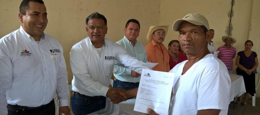 Entrega Sedrua 10.4 mdp para resarcir daños en cultivos de San Lucas