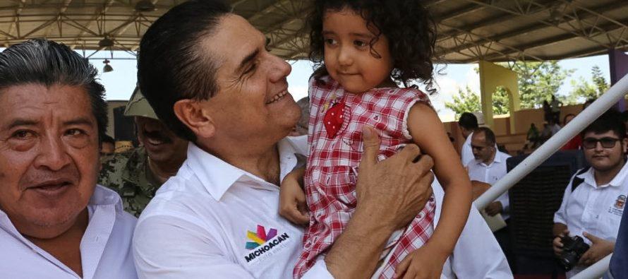 El gobernador de Michoacán asegura que se va a Coahuayana a fondo de cualquier riesgo