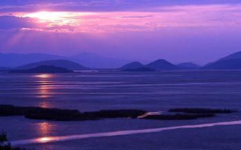 Limpian de maleza lago de Cuitzeo para abrir áreas de pesca en beneficio de 1,200 pescadores