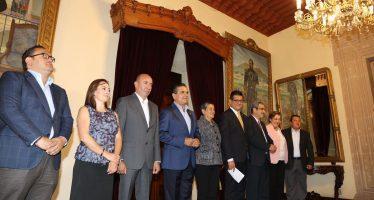 En Michoacán, gobernador realiza 8 relevos institucionales
