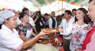 Se festejó el 1er Festival de la Gordita en Tepatepec : Comida tradicional, música y cultura