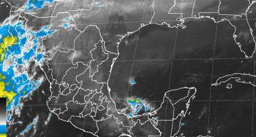 Tormentas fuertes e intensas a causa del frente frío número quince en el sur de México