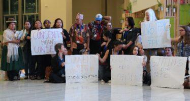 """Indígenas pelearon para que aceptaran el término """"libre"""" en la COP13"""