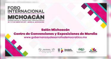 Mesa del Foro Internacional en Michoacán