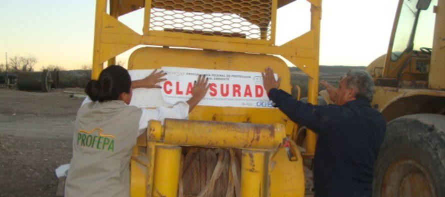 Bancos de materiales pétreos son clausurados en Peñón Blanco, Durango