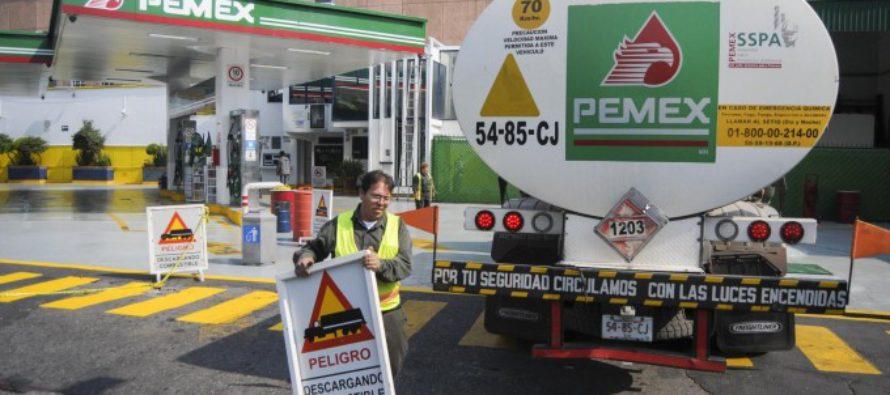 Acuerdan normalizar el abasto de gasolina y diésel en 1800 estaciones de servicios