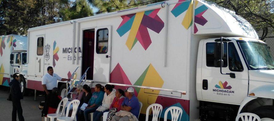 Convoyes de salud se instalan en comunidades indígenas de Michoacán