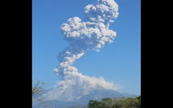 Volcán de Colima, científico asegura que no tendrá explosión máxima pronto