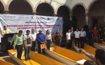 ENTREGA COMPESCA APOYOS A PESCADORES DE LA REGIÓN CUITZEO
