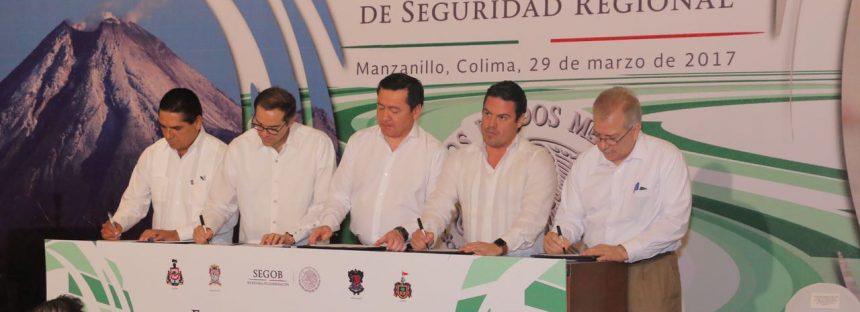 Firma Silvano Aureoles Convenio de Seguridad Regional