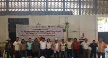 Moderniza Compesca equipo de los pescadores de Tierra Caliente