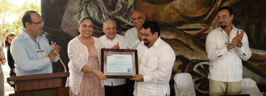 La Facultad de Medicina Veterinaria y Zootecnia de la Universidad Veracruzana recibe acreditación de calidad