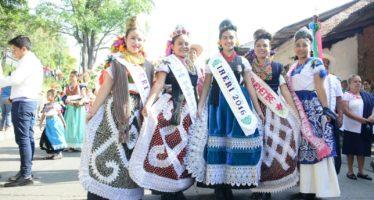 Inicia Tianguis Artesanal de Domingo de Ramos en Uruapan