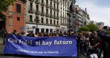 «Sin ciencia no hay futuro»: los científicos marchan en Madrid para pedir más apoyo e inversiones