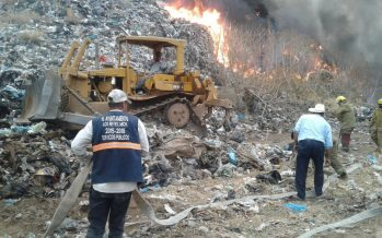 Acciones para combatir incendio en Los Reyes