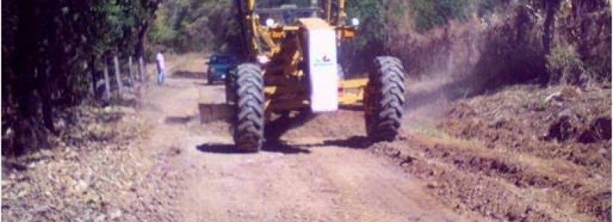 5 mdp se invirtieron en caminos rurales de Irimbo
