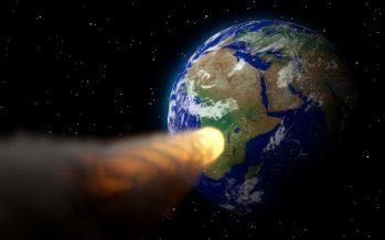 """Cazando asteroides: la NASA encuentra 10 objetos """"potencialmente peligrosos"""" que orbitan la Tierra"""