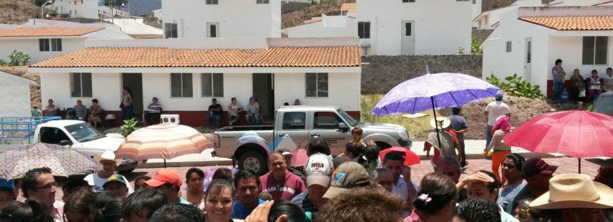 Alistan entrega de casas en Tuxpan a damnificados por lluvias de 2010